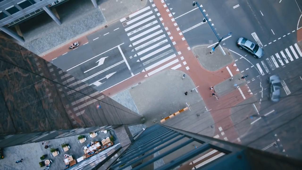 Topshot Lexus in Rotterdam