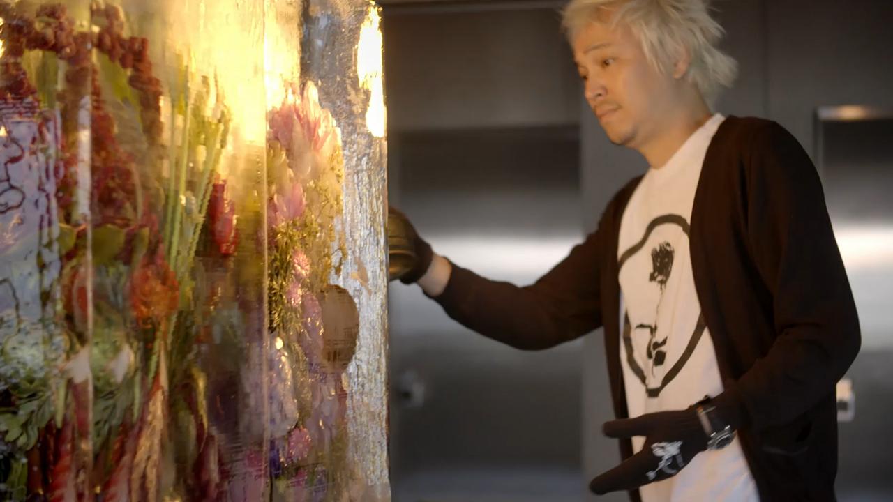 Ice sculpture by Azuma Makoto