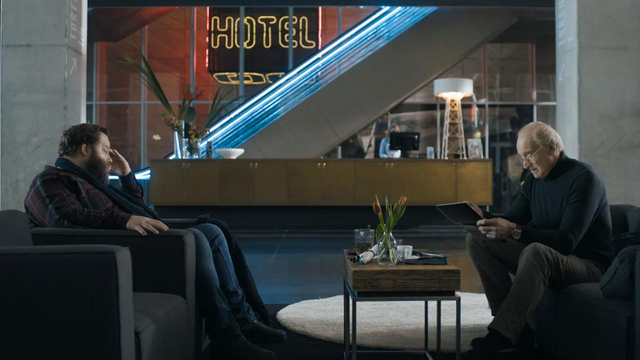 Conversation in Hotel NHOW